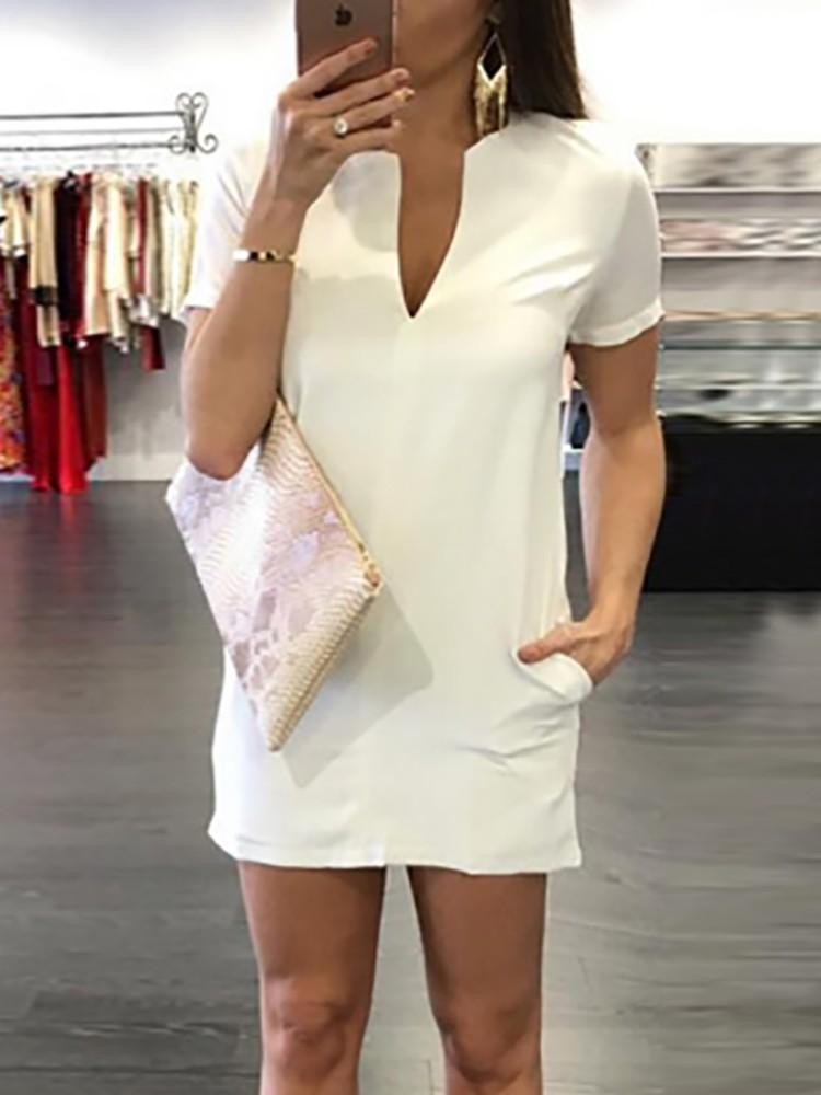 white trendy split pocket casual t