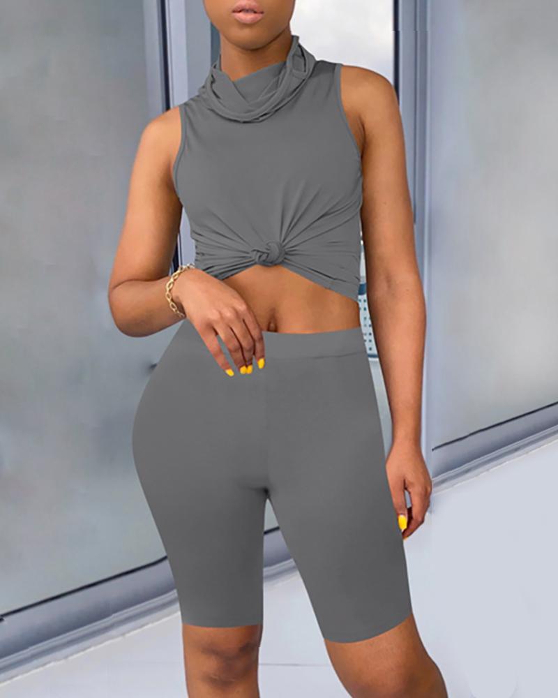 Solid Sleeveless Casual Top & Shorts Set thumbnail