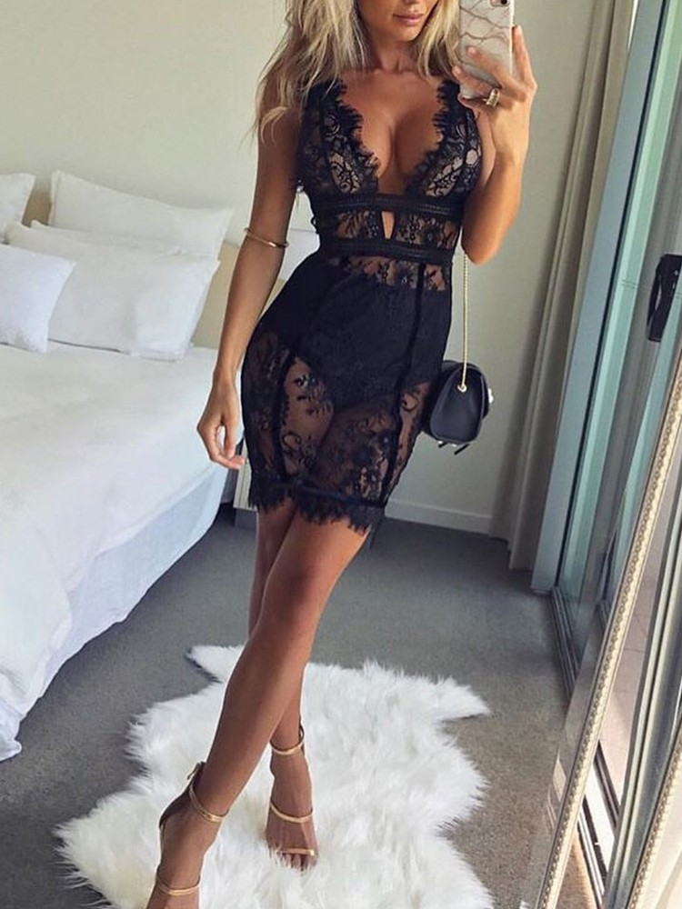 Sexy Deep V Scalloped Lace Dress