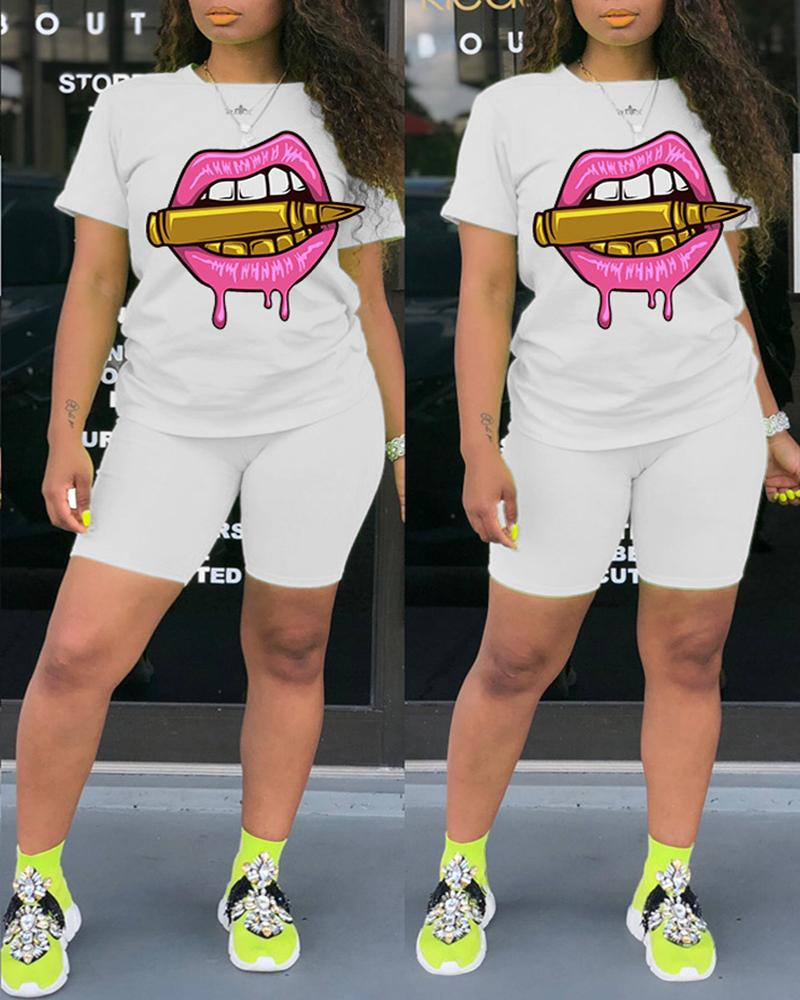 Lip Print Casual Top &  Fitted Shorts Set thumbnail