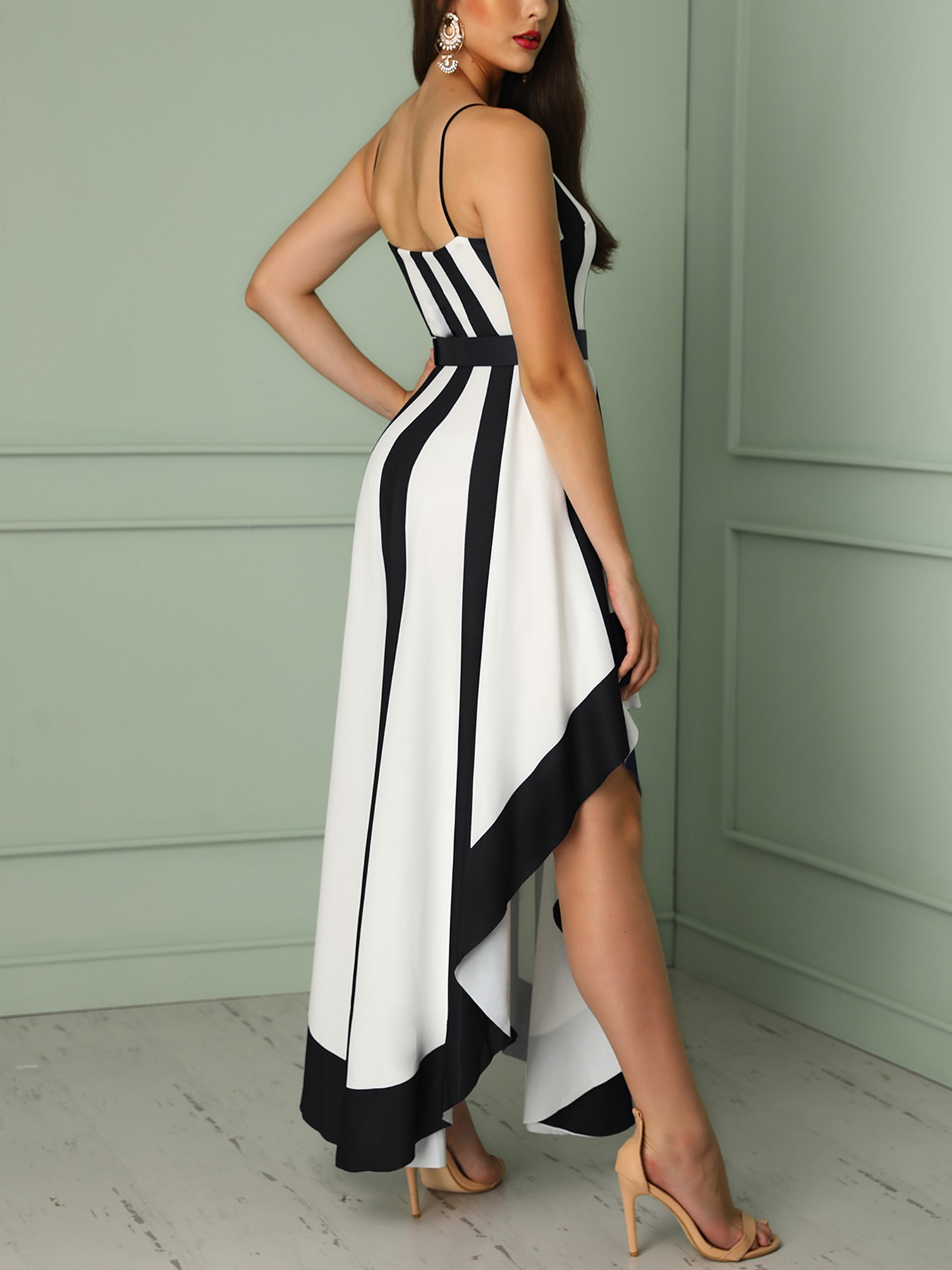 boutiquefeel / Contrast Striped Belted Irregular Party Dress