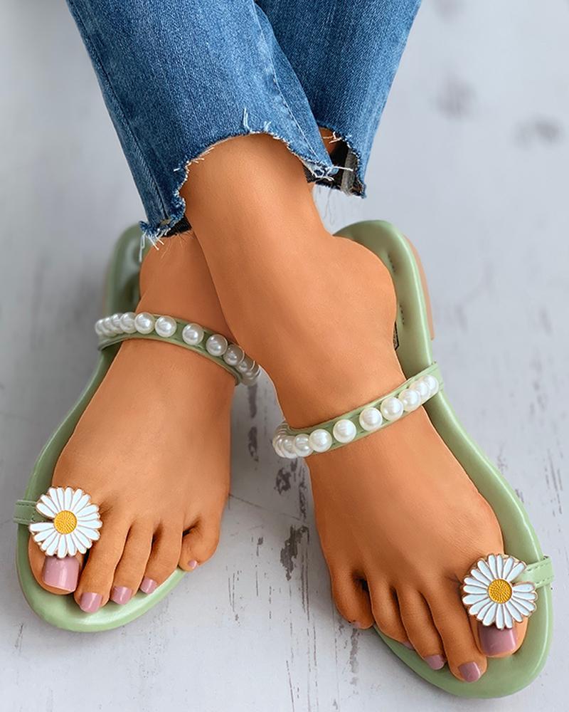 Beaded Toe Ring Daisy Pattern Flat Sandals thumbnail