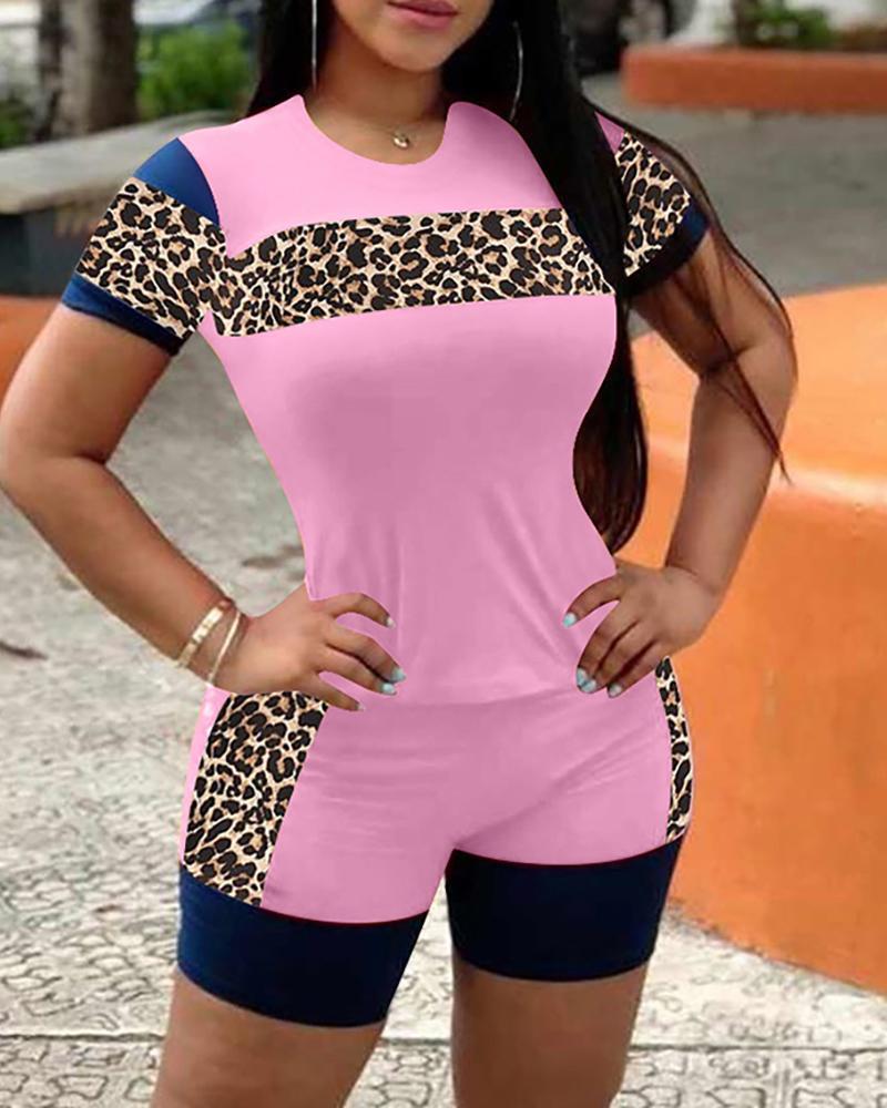 Cheetah Print Colorblock Top & Pocket Design Shorts Set thumbnail