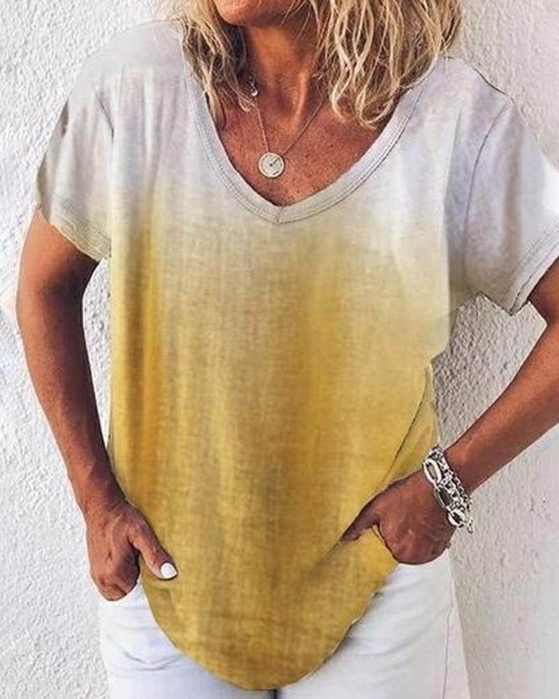 V-neck Gradient Color Casual T-shirt thumbnail