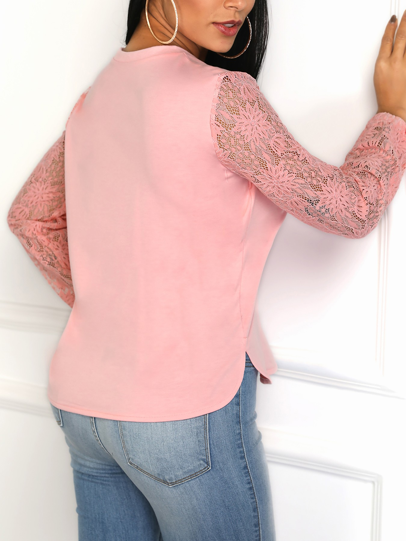 boutiquefeel / Lace Sleeve Knot Cuff Curved Blouse