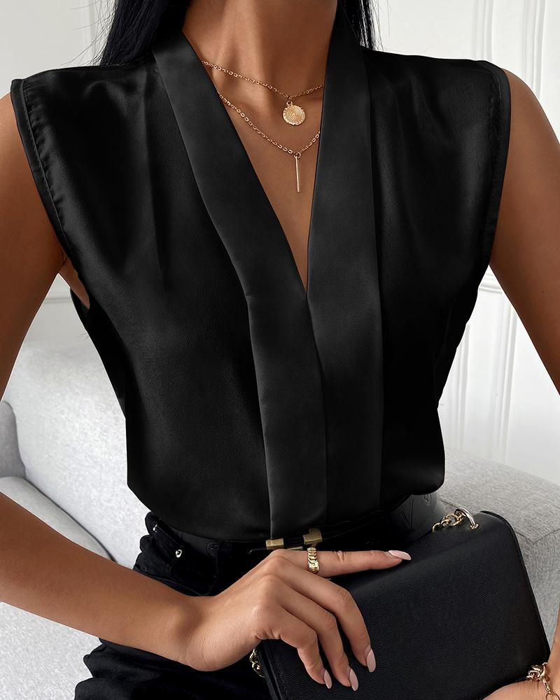 Sleeveless V-Neck Plain Casual Top, Black