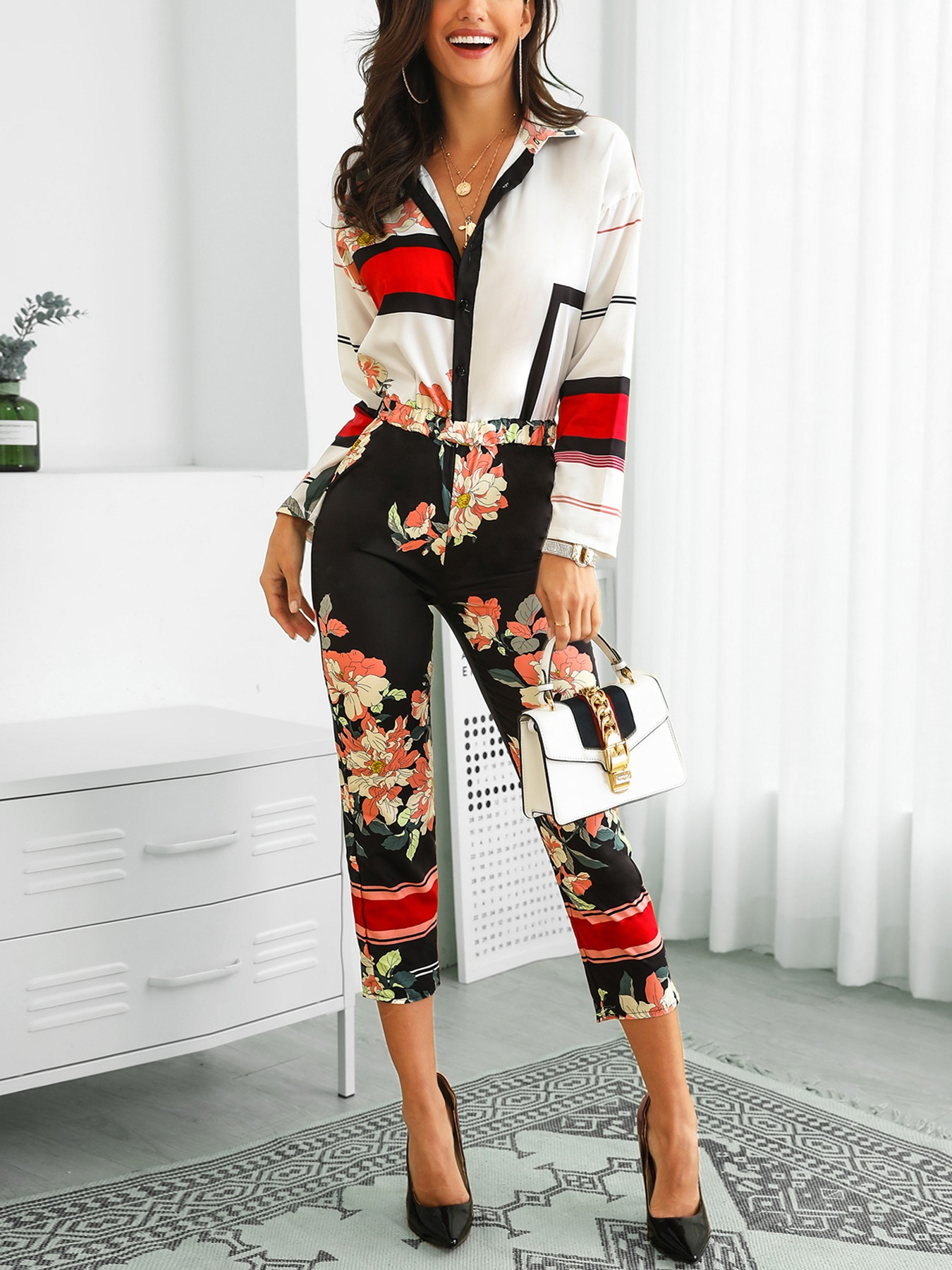 e5860dbf5a4 Floral Print Turn-Down Neck Long Sleeve Jumpsuit