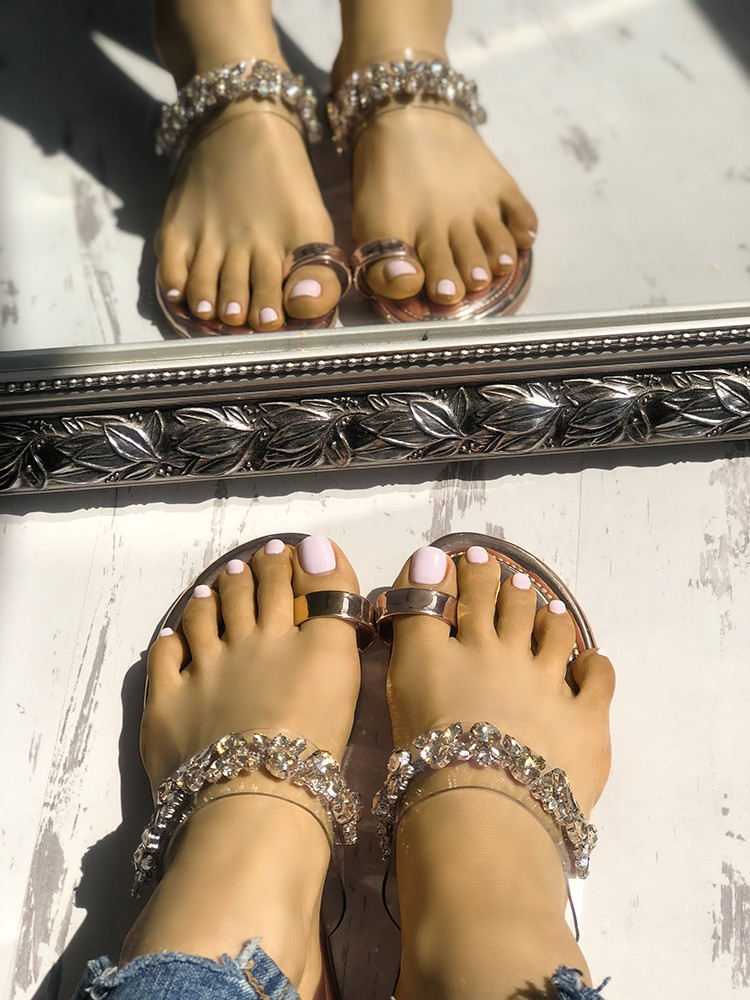 boutiquefeel / Concise Decorated Toe Ring Flat slipper