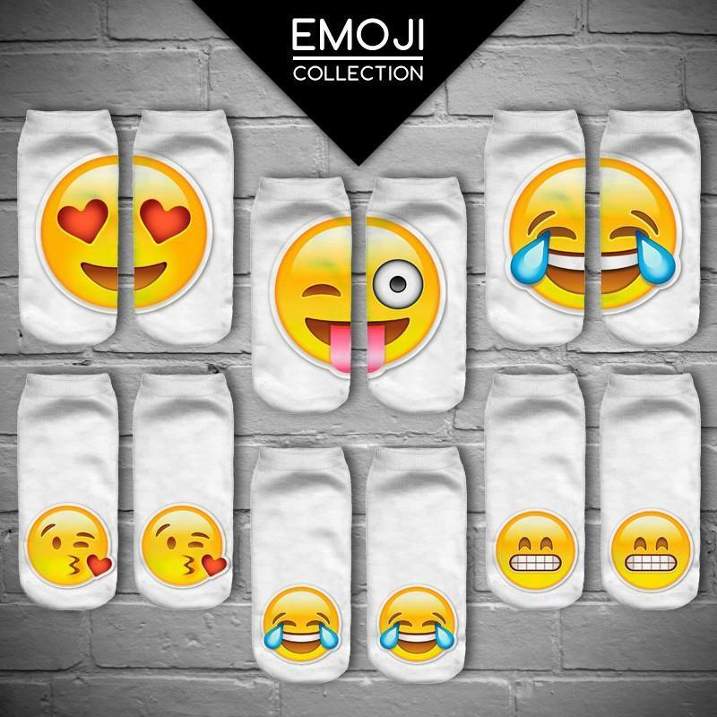 Cute Fashion Emojio 3D Digital Print Unisex Couple's White Breathable Stretchy Short Socks Lover Gifts Christmas Gifts For Women Or Children thumbnail