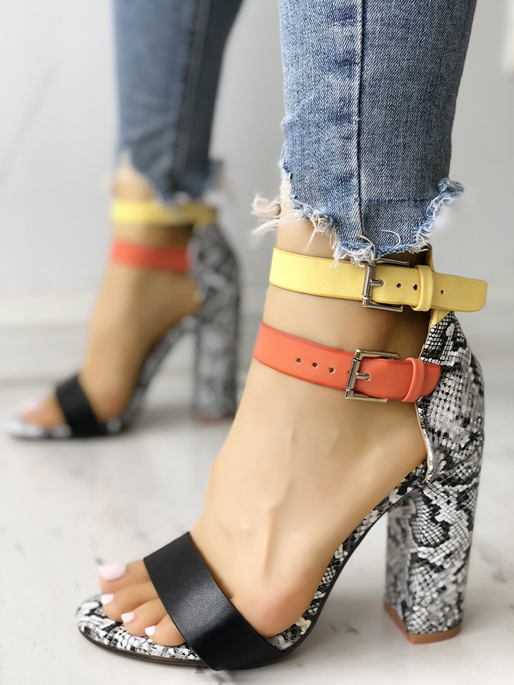 boutiquefeel / Contrast Color Snakeskin Buckled Chunky Heeled Sandals