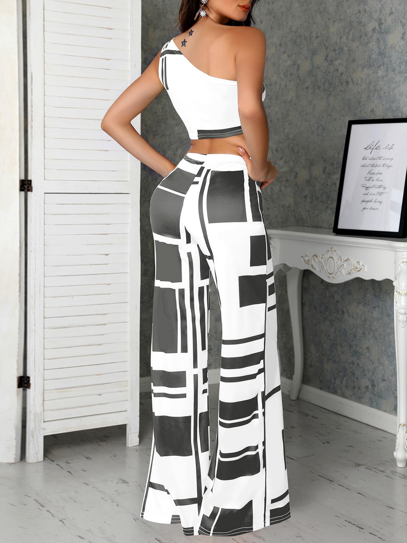boutiquefeel / Colorblock One Shoulder Cropped Wide Pants Set