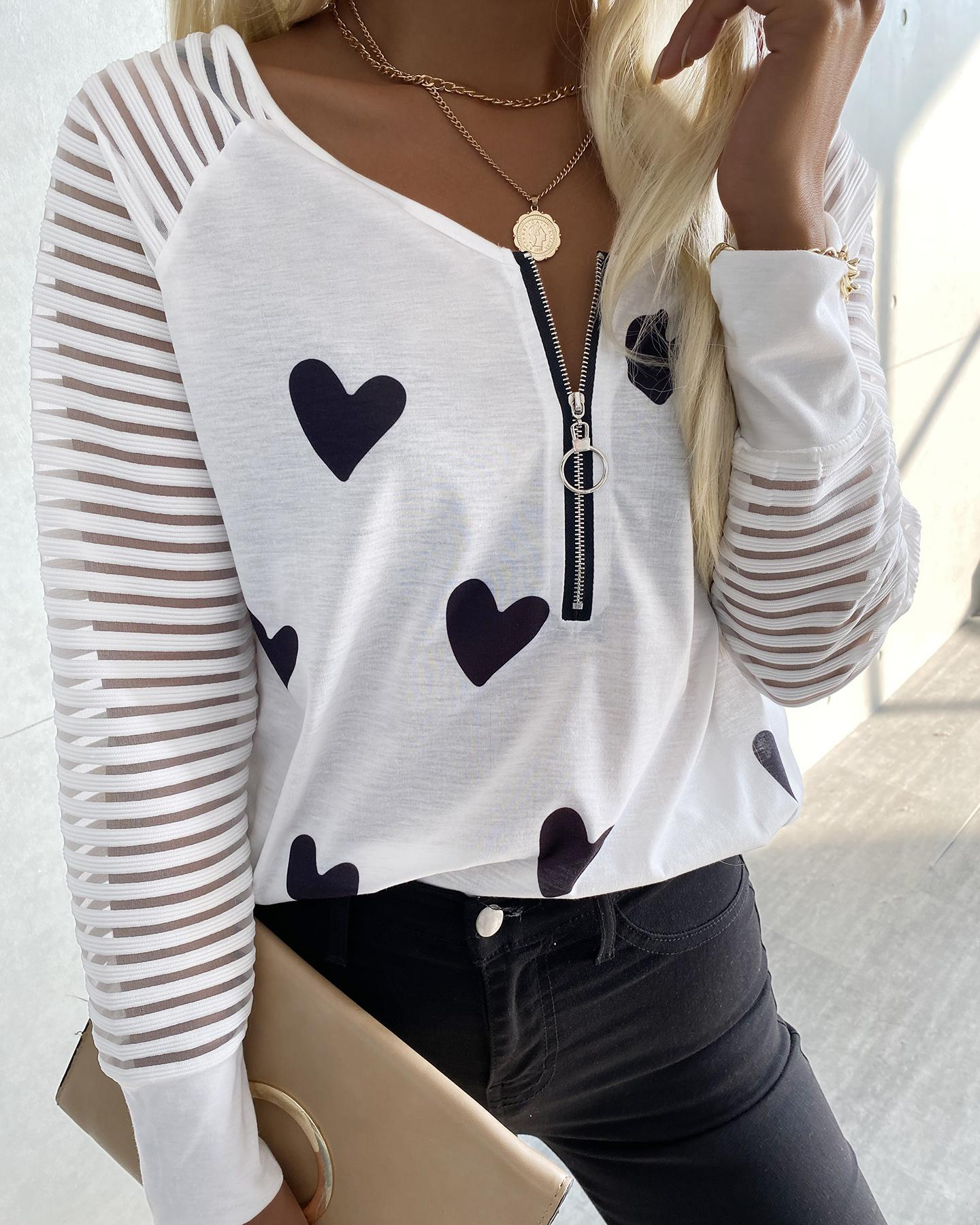 Heart Print Zipper Design T-shirt