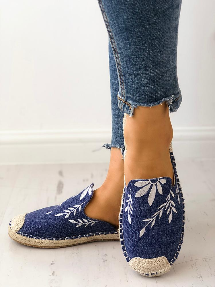 boutiquefeel / Fashion Embroidered Espadrille Flat Slippers