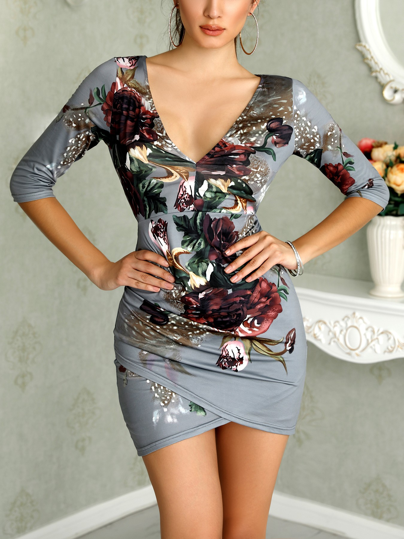 boutiquefeel / Asymmetric Floral Print Open Back Bodycon Dress