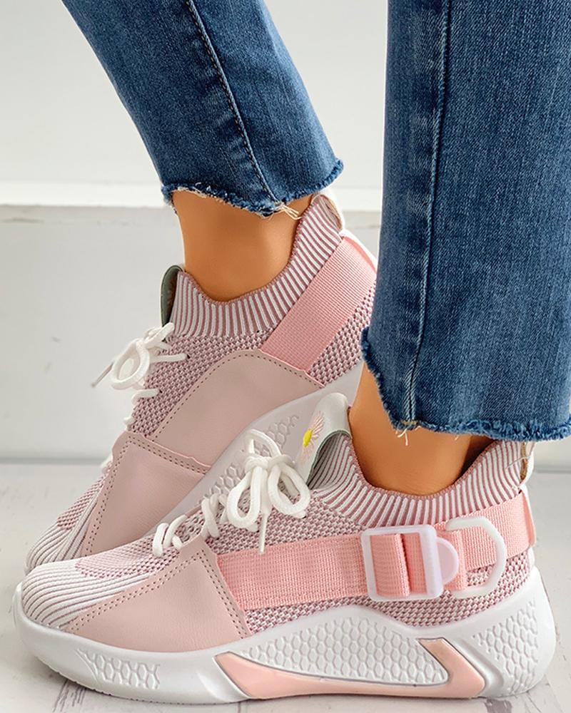 Daisy Embroidery Lace-up Breathable Sneakers thumbnail