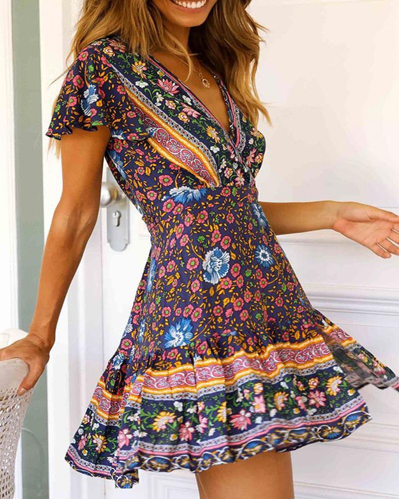 All Over Print V Neck Short Sleeve Dress