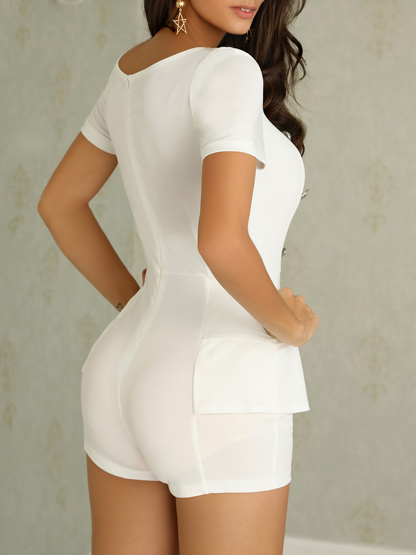 boutiquefeel / Double-Breasted Short Sleeve White Romper