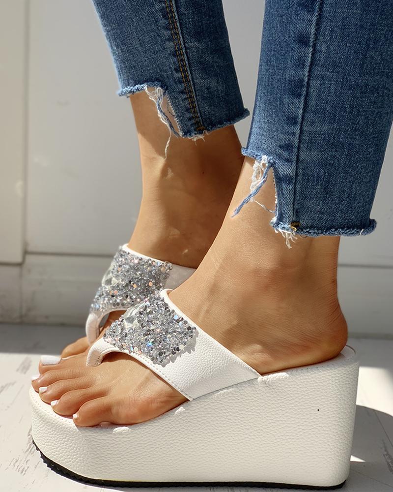 Studded Toe Post Platform Wedge Sandals