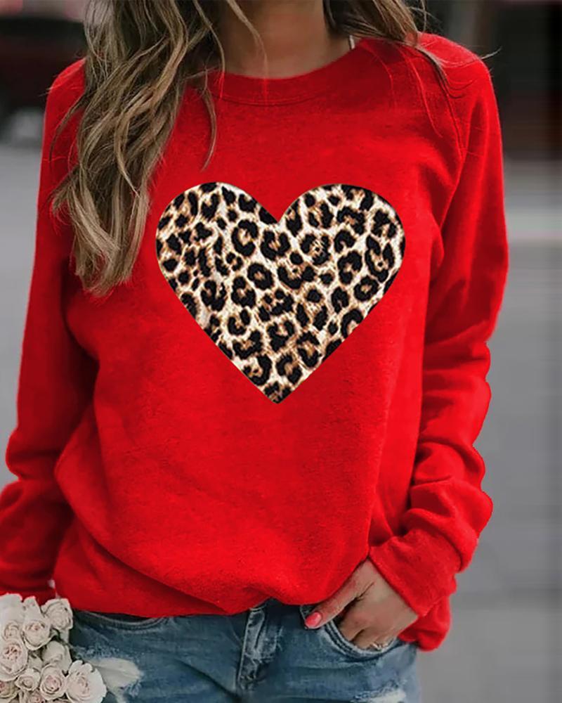 Leopard Heart Print Long Sleeve Sweatshirt