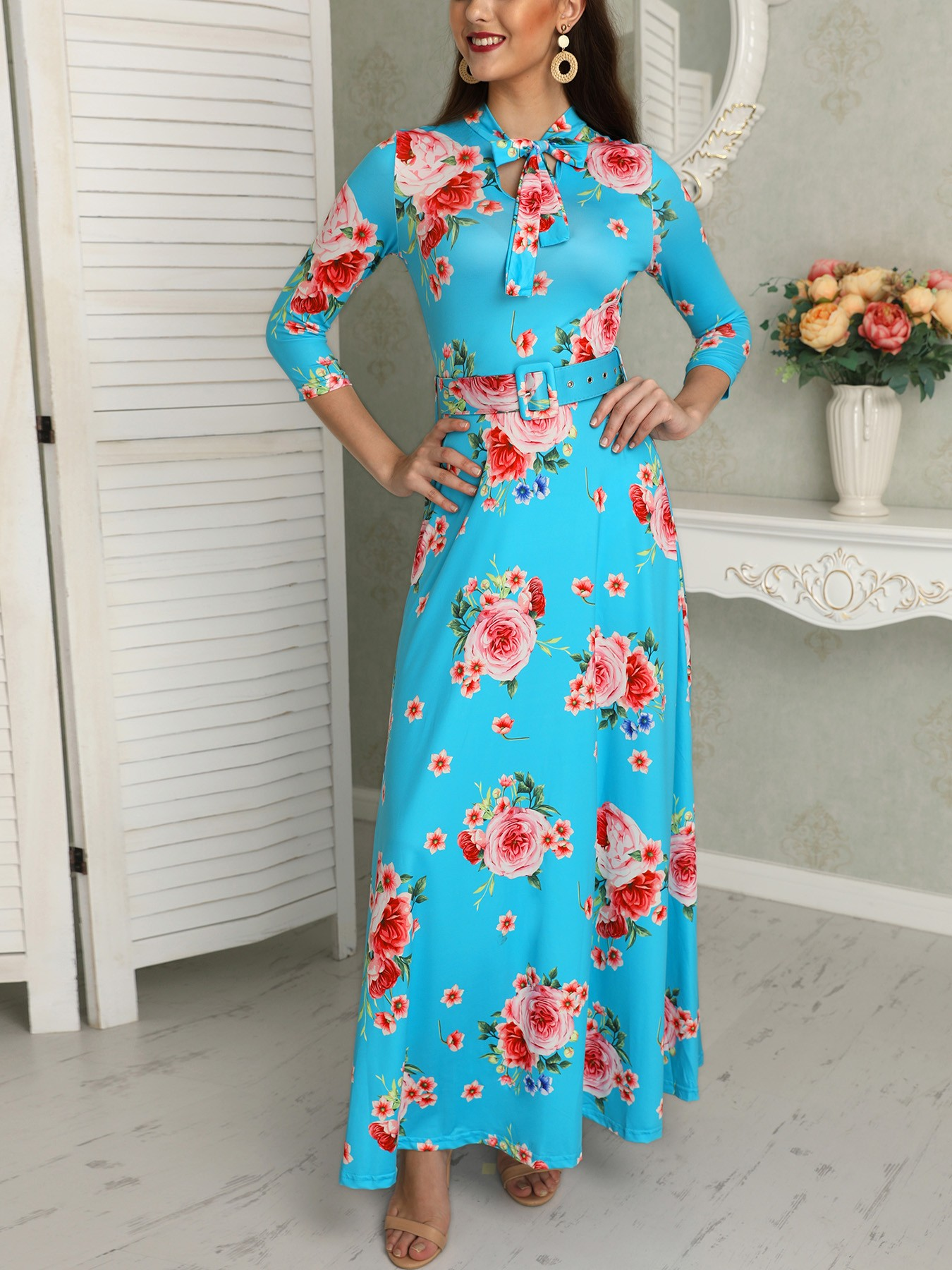 boutiquefeel / Floral Print Tied Neck Belted Maxi Dress