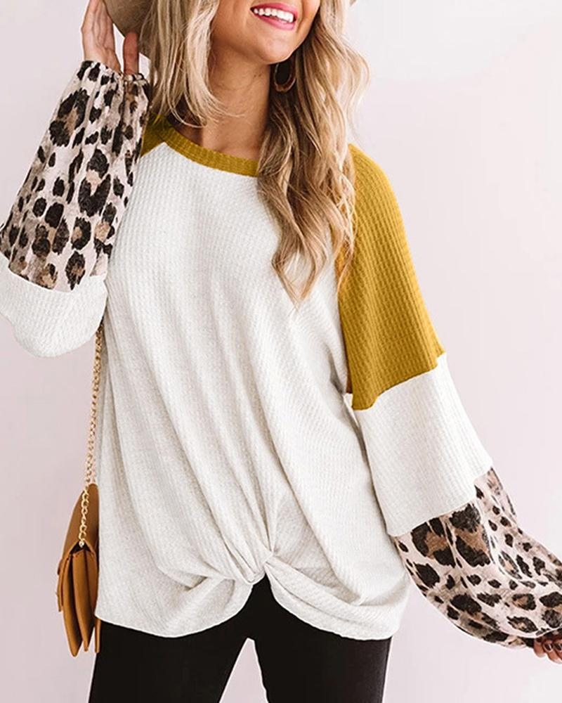 Cheetah Print Colorblock Long Sleeve Sweatshirt thumbnail