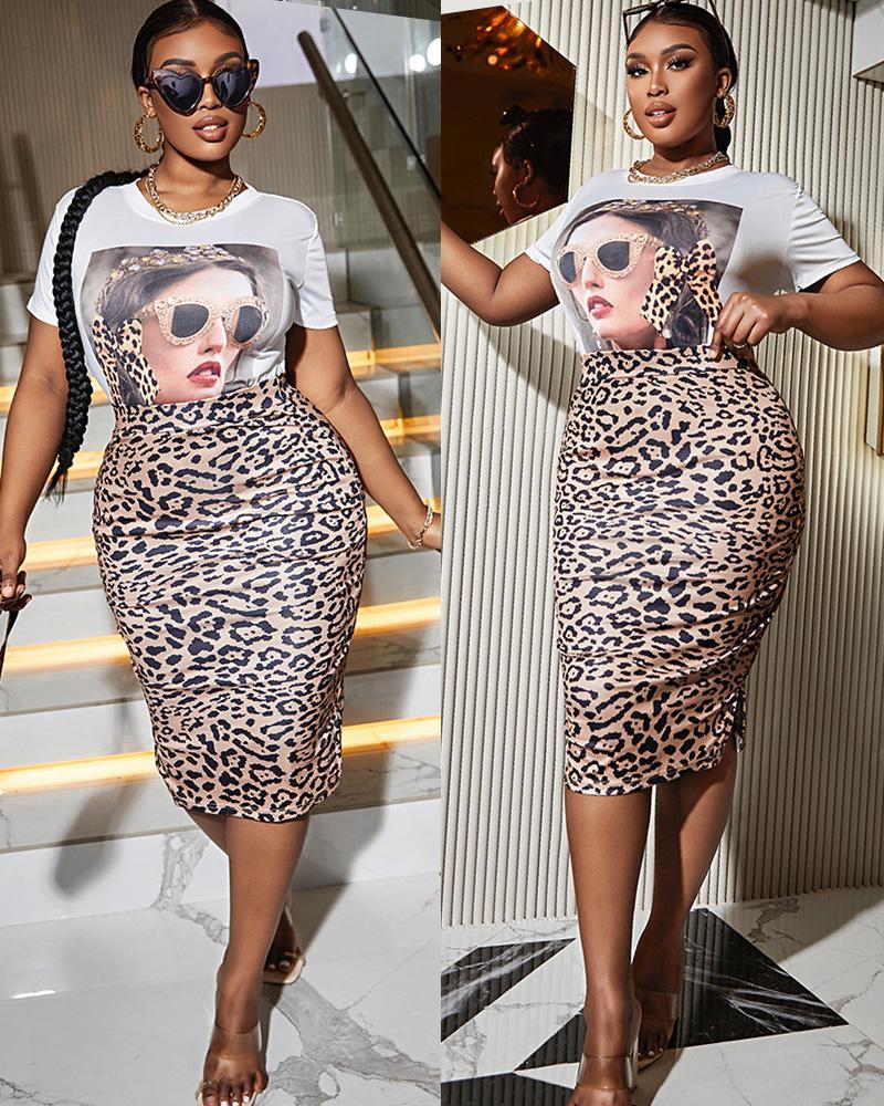 Figure Print Top & Leopard Slit Skirt Set thumbnail