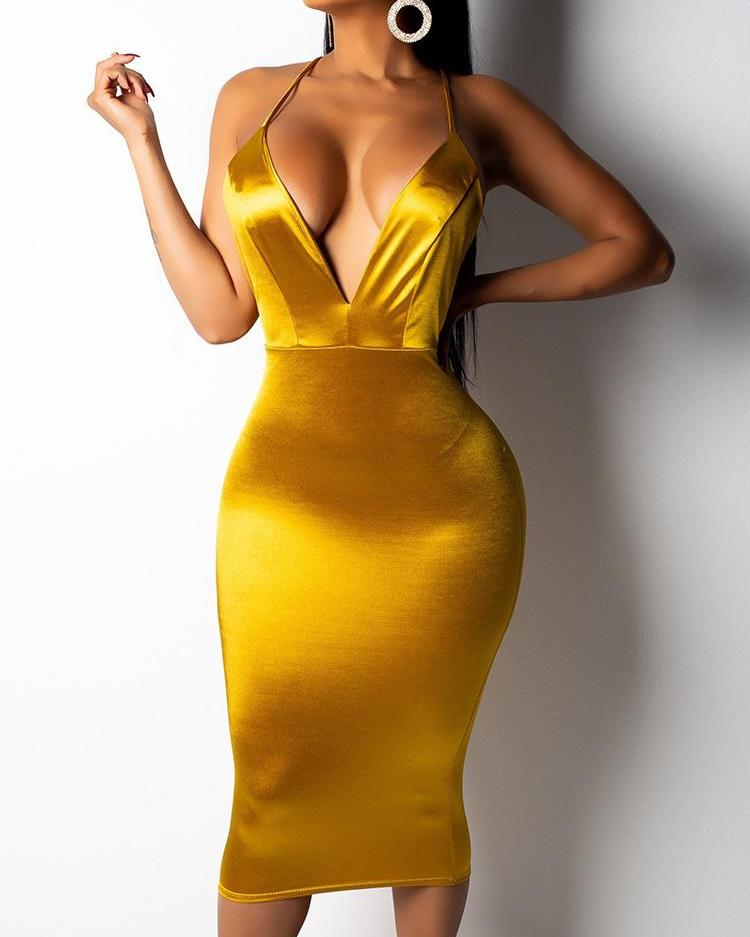 046cce4727ac Crisscross Open Back Plunge Bodycon Dress Online. Discover hottest trend  fashion at chicme.com