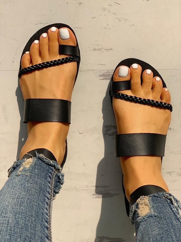 Toe Ring Braided Design Sandals