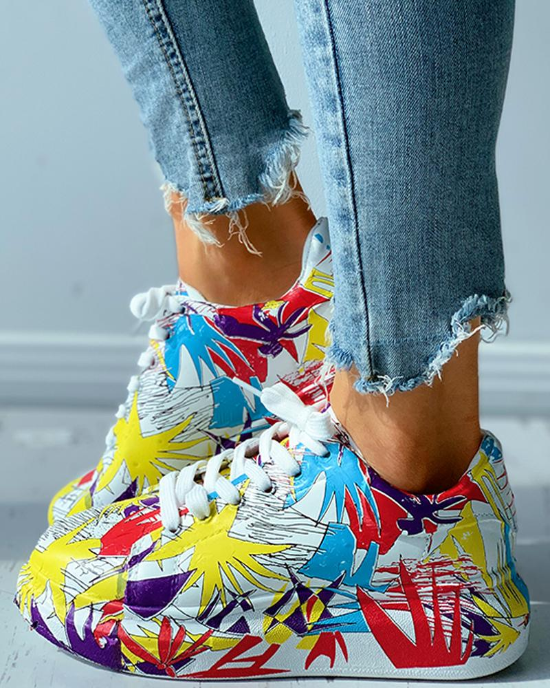 Colorblock Doodle Print Eyelet Lace-up Muffin Sneaker